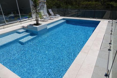Aloha Blue Pool-2